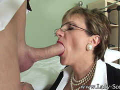 Lady Sonia Likes Young Cock